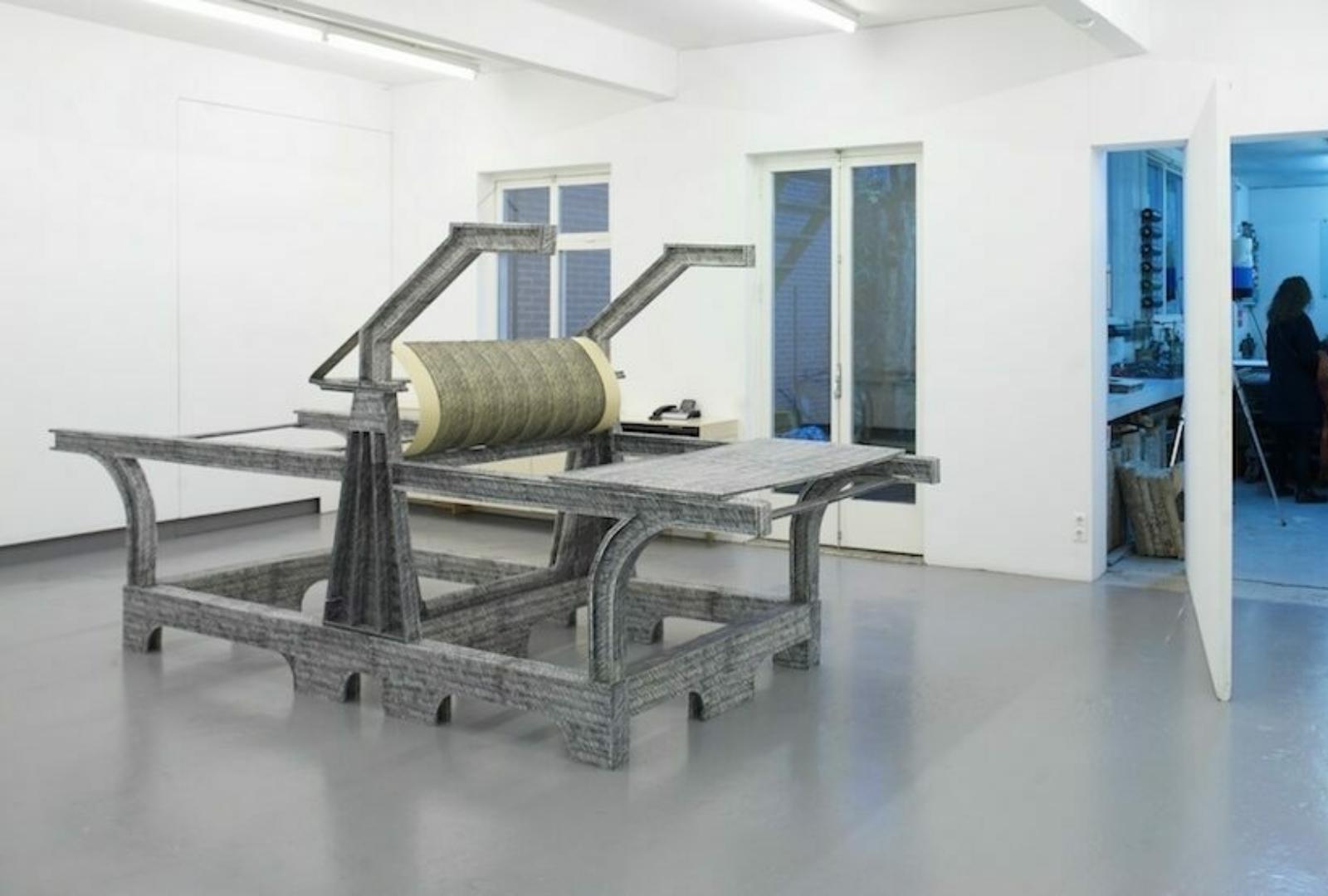 Paper weight Maze de Boer 13