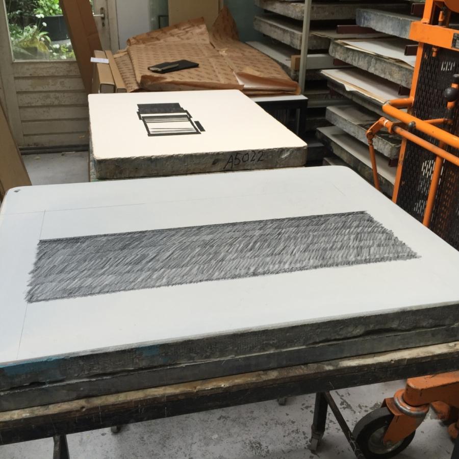 Paper weight Maze de Boer 1